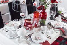 Świąteczny stół z pięknymi dodatkami. Wszystko skupione wokół porcelanowego serwisu obiadowego Alga. #mojpieknystol