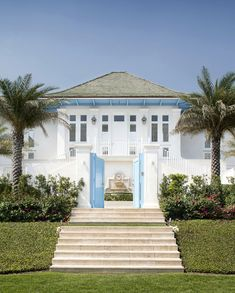 Blue and White in the Bahamas — The Pink Pagoda