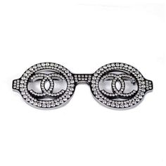 Pre-owned Chanel Silver Tone Hardware With Crystal Sunglasses Brooch... ($599) ❤ liked on Polyvore featuring jewelry, brooches, chanel brooch, preowned jewelry, crystal brooch, chanel and crystal jewelry