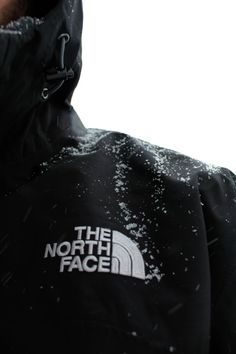 The North Face winter jacket Mens Fashion Blog, Best Mens Fashion, Men's Fashion, Cyberpunk, Football Casual Clothing, Swag, Masculine Style, Expensive Clothes, Glamour