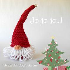 Santa gnome http://abrazables.blogspot.com.ar/2014/09/listas-para-la-navidad.html