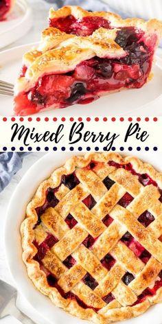 Mixed Berry Pie Köstliche Desserts, Delicious Desserts, Dessert Recipes, Yummy Food, Summer Desserts, Raspberry Desserts, Strawberry Blueberry Pie, Strawberry Pie Recipes, Mini Pie Recipes