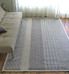 BOS & CO. Size: 1.66 x 2.74 m Price: € 2.256,-