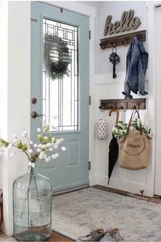 35 Gorgeous Home Decor Ideas You Will Want to Copy - Chaylor & Mads <br> The best home decor ideas for your front porch, entryway, kitchen, bathroom, bedroom and living room. You will love the last idea to add extra living space to your home. Diy Home Decor Rustic, Entryway Decor, Modern Country Decorating, Rustic Living Room Decor, Modern Decor, Living Room Decor Inspiration, Rustic Room, Blue Home Decor, Style Inspiration