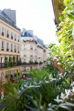 10 μυστικά από το <mark>στενό μπαλκόνι</mark> μιας Γαλλίδας ηθοποιού!