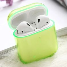For Apple Air pods Charging Headphone Box Hard Transparent Wireless Bluetooth Earphone Case For Airpods Case Cute Ipod Cases, Cool Cases, Pc Cases, Fone Apple, Airpods Apple, Accessoires Iphone, Earphone Case, Air Pods, Airpod Case