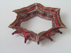 CatrinaJewels Geometric beadwork bangle