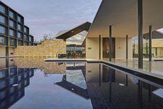 Galería de Hotel Dasavatara / SJK Architects - 4