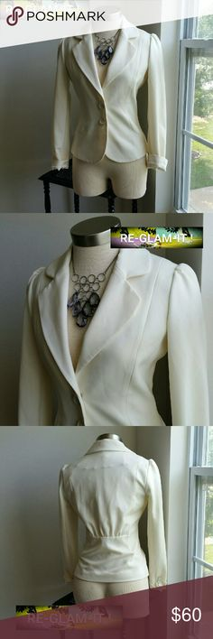 WHBM.....BEAUTIFUL IVORY OFF WHITE...BLAZER. ....ADDING INFO SOON...GREAT CONDITION  ...COLOR... IVORY OFF WHITE.... ....NORMAL WEAR ... ....PLEASE READ....ONE FLAW. .ON 4 PIC  ....UP CLOSE ....SHOWS ...MINOR THREAD ....PULL.. ....BARELY NOTICEABLE. ..WHEN WEARING ... White House Black Market Jackets & Coats Blazers