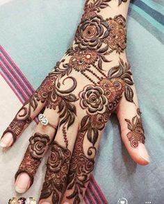 this is Most Prettiest Reddish Bridal Mehndi Design Khafif Mehndi Design, Floral Henna Designs, Henna Art Designs, Mehndi Designs For Beginners, Modern Mehndi Designs, Mehndi Designs For Girls, Mehndi Design Pictures, Wedding Mehndi Designs, Mehndi Designs For Fingers