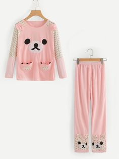 To find out about the Cute Bear Long Pajama Set at SHEIN, part of our latest Pajama Sets ready to shop online today! Cute Pajama Sets, Cute Pjs, Cute Pajamas, Pajamas Women, Cute Comfy Outfits, Casual Outfits, Pyjamas, Kids Winter Fashion, Girl Outfits