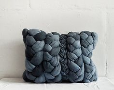 How amazing is this? Dorota and Sylwia are two sisters from Poland creating these luscious hand-dyed, hand-braided, hand-stitched pillows and blankets that are out of this world! Their etsy shop is brimming with these oversized plaits of goodness. Denim Decor, Make Blanket, Handmade Cushions, Denim Crafts, Diy For Men, Curtain Patterns, Elephant Nursery, Merino Wool Blanket, Interior Inspiration