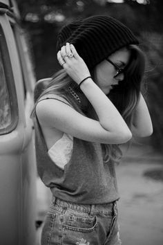 """Hippie Style ♥    I had to repin this because it says """"hippie style"""" but it's clearly """"hipster style"""". LOL"""