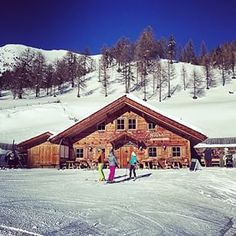 If you are skiing the slopes of Jochtal in the Gitschberg Jochtal ski resort in SouthTyrol you should definitely have lunch at the Nockalm.