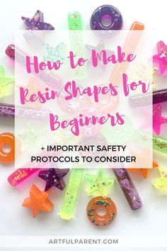 Catalina of Redviolet Studio shares all about resin for beginners including safety protocols and how to make resin molds. Sensory Art, Sensory Bins, Cool Diy Projects, Craft Projects, How To Make Resin, Resin Uses, Plastic Tablecloth, Mobile Art, Resin Molds