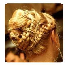 an intense braided updo Fancy Hairstyles, Braided Hairstyles, Wedding Hairstyles, Roman Hairstyles, Beautiful Braids, Gorgeous Hair, Pretty Braids, Braided Updo, Great Hair