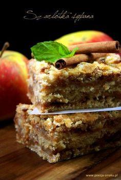 "Magiczna szarlotka sypana / Magic ""Loose"" Apple Pie (recipe in Polish) Apple Pie Recipes, Sweet Recipes, Cake Recipes, Dessert Recipes, Desserts, Delicious Deserts, Yummy Food, Polish Recipes, Polish Food"