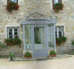 - the-veranda-enclosures-porches. Enclosed Front Porches, House Front Porch, Front Porch Design, Sas Entree, Veranda Interiors, Veranda Design, Porch Canopy, Glass Porch, Porch Enclosures