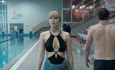 """Seductive Russian spy Jennifer Lawrence in the trailer of the """"Red Sparrow"""""""