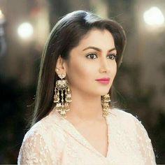 ❤Ah Kalbim Pragya❤ All Actress, Indian Tv Actress, Tina Dutta, Indian Show, Sriti Jha, Kumkum Bhagya, Traditional Fashion, Tv Actors, Celebs