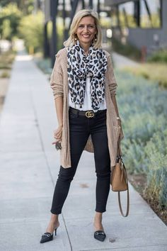 Transitional Neutrals That Are Classics with our jute cardigan stripe shirt and leopard scarf all of which you can wear to office or any fun outing 60 Fashion, Over 50 Womens Fashion, Fashion Over 50, Autumn Fashion, Classic Fashion Outfits, Classic Outfits For Women, 1950s Fashion, Fashion Trends, Casual Work Outfits