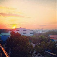 Sunrise #morning #singapore #sg #clouds #sky #guosheng #guoshengz