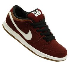 competitive price 47e01 51e63 Nike Dunk Low Pro SB NT Shoes The Dunk Low is a shoe that is