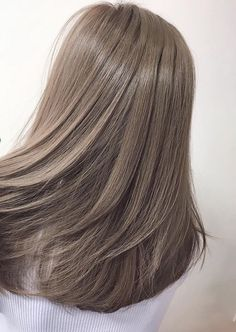 51 Gorgeous Hair Color Worth To Try This Season balayage hair color, light brown hair color ideas, h Ash Brown Hair Color, Light Brown Hair, Cool Brown Hair, Ash Grey Hair, Korean Hair Color Ash, Asian Ash Brown Hair, Brown With Grey Highlights, Korean Hair Color Brown, Korea Hair Color