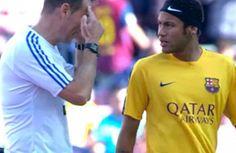 Clos Gómez prohibió a Neymar jugar con una cinta en la cabeza - Como demostró posteriormente durante el partido, Clos Gómez ya dejó claro desde la previa del Barça-Villarreal que no sería precisamente un aliad...