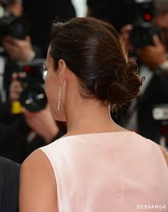 Isabelle de Araujo (Photo RACHID BELLAK) #Cannes2014 #DESSANGE Star Francaise, Palais Des Festivals, Isabelle, Diamond Earrings, Jewelry, Fashion, Cannes Film Festival, Bun Hairstyle, Dancing With The Stars