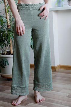 Knit High waist pants, linen pants, summer pants, ankle length pants, loose cropped pants, green trousers pants, wide leg pants for women #linen #outfits #summerstyle #knitting #pants