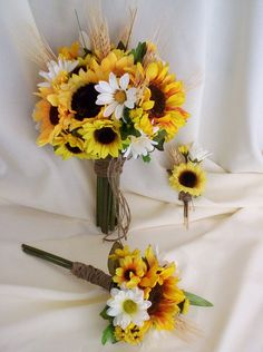 Sunflowers and daisies!