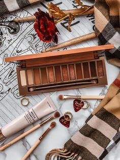 Urban Decay Naked Heat Palette Review Flatlay - Soft October Night - A Style and Creativity Blog, cosmetics, makeup, beauty