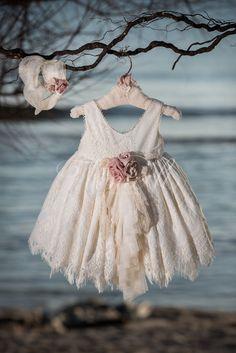 Φόρεμα βάπτισης Vinte Li 2807 με ασορτί κορδέλα., annassecret, Baby Girl Fashion, Frocks, Girl Outfits, Flower Girl Dresses, Princess, Wedding Dresses, Inspiration, Clothes, Beautiful