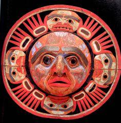 The Northwest Coastal People - Religion / Ceremonies / Art / Clothing Inuit Kunst, Arte Inuit, Inuit Art, Native Art, Native American Art, Alaska, Haida Art, Tlingit, Art Sculpture