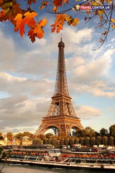 The world-renown icon of love in the Autumn season is wonderful. Trees in the city of Paris changes its colours to gold and brown, giving the lovely Autumn feeling. #autumn #love #paris #eiffeltower #itsallabouttravel #travelcenteruk
