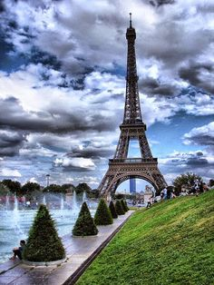 Eiffel Tower in Paris, France Torre Eiffel Paris, Paris Eiffel Tower, Paris Travel, France Travel, Places To Travel, Places To See, Wonderful Places, Beautiful Places, Beautiful Sky