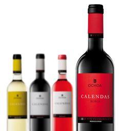 Diseño de etiquetas para los vinos CALENDAS, de Bodegas Ochoa (Olite, Spain).