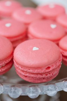 Valentine's Day Macarons - so pretty!