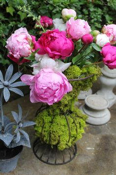 Oh, and peonies. . .  unabashedly voluptuous.  I love you too.