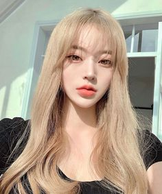 Find images and videos about girl, cute and pretty on We Heart It - the app to get lost in what you love. Korean Beauty Girls, Pretty Korean Girls, Cute Korean Girl, Asian Beauty, Pelo Ulzzang, Ulzzang Korean Girl, Cute Makeup, Hair Makeup, Korean Girl Image