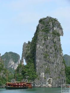 21. Hang out in Ha Long Bay, #Vietnam - 50 Ultimate #Travel #Bucket List Ideas ... → Travel #National