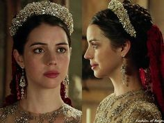 """In the episode 3x09 (""""Wedlock"""") Queen Mary wears the Paris by Debra Moreland 'Pavlova' Tiara. Worn with Reign Costumes custom gown & veil, Paris by Debra Moreland earrings, Gillian Steinhardt labyrinth and signet rings."""