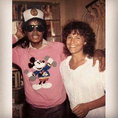 Jackson Family Rarities✌ @jackson.rare Encino 1983. #mic...Instagram photo | Websta (Webstagram)