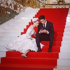 Sweet Couple, Drama Movies, The Crown, Gossip Girl, Traditional Dresses, Tv Series, Handsome, Princess, Couples