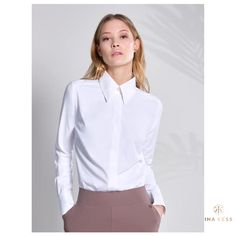 Our white shirt is also the perfect travel partner not only but also because it's a non iron fabric☝🏼 Designer Sportswear, Smart Outfit, Body Warmer, Hip Bones, Intense Workout, Every Woman, Editorial Fashion, Tights, Feminine
