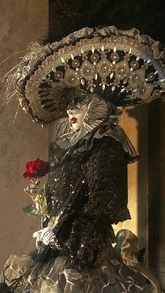 My sister My sister Venetian Carnival Masks, Carnival Of Venice, Masquerade Attire, Venice Mask, Carnival Costumes, French Artists, Mardi Gras, Art Forms, Halloween