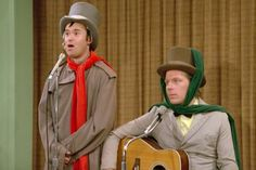 Lenny & Squiggy - Laverne & Shirley: Oh Hear the Angels' Voices 0 Season 2 - 1976 - Laverne and Shirley and the gang help out Carmine by putting together a variety show at a mental hospital. Christmas Songs Youtube, Funny Christmas Songs, Christmas Jokes, Christmas Music, Christmas Eve, Christmas Classics, Xmas, Christmas Stuff, 1970s Tv Shows
