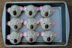 koala cupcakes for Australia day Australia Cake, Happy Australia Day, Best Birthday Gifts, Birthday Parties, Fourth Birthday, Birthday Cupcakes, Australian Party, Animal Cupcakes, Thinking Day