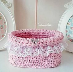 Baby Biker: Has Insane Motorcycle Skills - Crochet Videos Crochet Bowl, Crochet Basket Pattern, Knit Basket, Crochet Granny, Diy Crochet, Crochet Crafts, Crochet Stitches, Crochet Baskets, Crochet Decoration